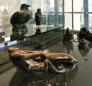 Mark Uqittuq Amaamattuaq — Человек, тянущий моржа, 1955
